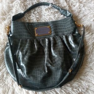 MARC BY MARC JACOBS BLUE PATENT LEATHER BAG